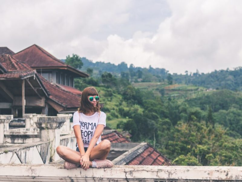 Turismo juvenil y media monitoring