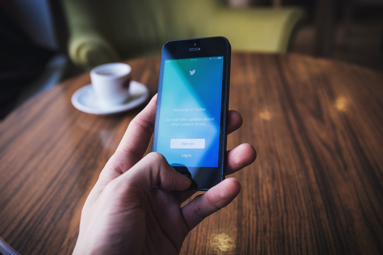 Twitter Birdwatch: así es la herramienta para combatir las fake news