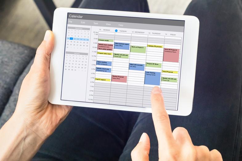 calendario editorial de relaciones públicas: aprende a organizarlo